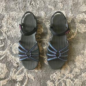 Teva sandal • sz 8